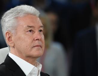 Собянин призвал москвичей соблюдать двухметровую дистанцию