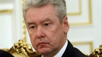 Собянин возложил венки к месту трагедии, произошедшей год назад в Московском метрополитене