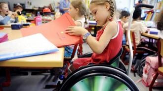 Власти Москвы развивают программы адресной помощи детям-инвалидам