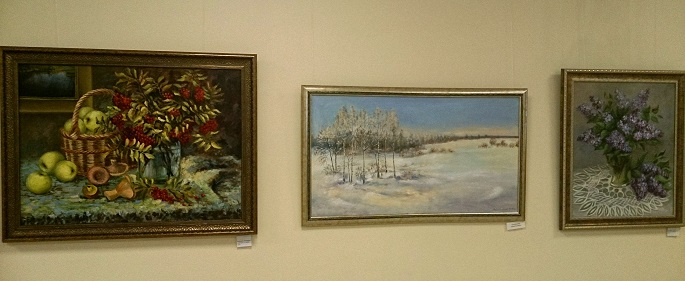 Художника привлекает и вдохновляет красота родной природы: небо, реки, широкие поля России.