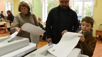 Число необходимых для регистрации кандидата в мэры Москвы подписей снижено в 2 раза. Фото: архив