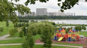 Парк парламентского центра на Страстном бульваре открыли для горожан. Фото: архив