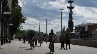 Вдоль набережных Москвы-реки появятся километры пешеходных маршрутов. Фото: архив