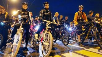 Ночной Велопарад пройдет 8 июля. Фото: архив