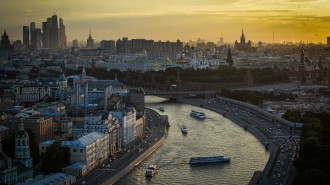 Впервые за 80 лет Москворецкую набережную полностью откроют для москвичей. Фото: архив