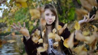 Москвичи выбрали свободные от листвы дворы. Фото: архив