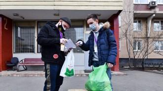 Почти 400 тыс заявок москвичей выполнили социальные помощники за два месяца. Фото: сайт мэра Москвы