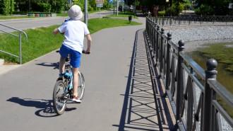 Депутат Мосгордумы Олег Артемьев: Важно обеспечить все районы столицы удобной велоинфраструктурой. Фото: архив