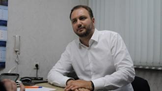 НА фото: депутат МГД Кирилл Щитов