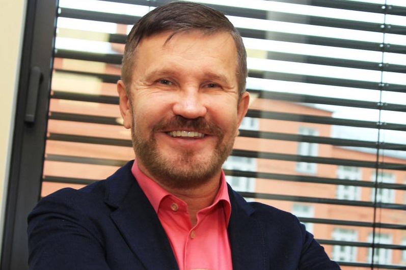 На фото депутат МГД Александр Семенников
